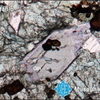 Glaucofânio